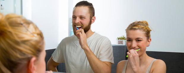 Titelbild: Mundhygiene: Leider für viele nicht selbstverständlich. © tournee - fotolia.
